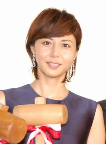 映画『藁の楯』の公開記念舞台あいさつに出席した松嶋菜々子 (C)ORICON NewS inc.