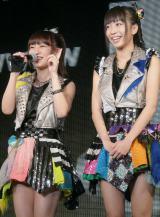 Cheeky Paradeの(左から)関根優那、渡辺亜紗美 (C)ORICON NewS inc.