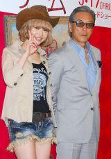 映画『モネ・ゲーム』公開直前イベントに出席した(左から)水沢アリー、岩城滉一 (C)ORICON NewS inc.