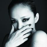 安室奈美恵の10thオリジナルアルバム『FEEL』(写真はCD+DVD盤ジャケット)