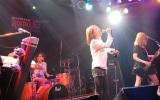 AKINAがボーカルを務めるバンド・Shiny Lipsのライブ模様 (C)ORICON NewS inc.