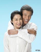 夫婦役で8年ぶりにドラマ共演する舘ひろし&浅野温子