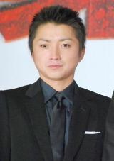 津田健次郎 結婚