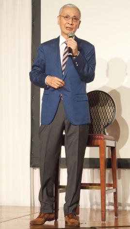 放送批評懇談会創立50周年記念式典で公演をする久米宏 (C)ORICON NewS inc.