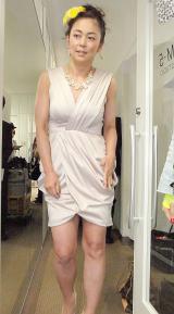 胸の谷間がセクシーなドレスで登場した中島知子=『第2回東京ボーイズコレクション』記者会見 (C)ORICON NewS inc.