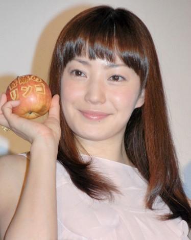 映画『奇跡のリンゴ』の公開初日舞台あいさつに出席した菅野美穂 (C)ORICON NewS inc.