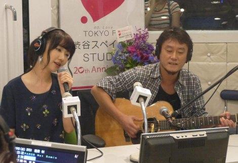 番組中にサプライズで生歌を披露した柏木由紀(AKB48)(C)TOKYO FM