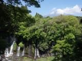 """世界文化遺産登録決定!文化価値の原点 """"水"""" の知られざる世界に迫る『NHKスペシャル』6月30日放送。写真は白糸の滝と富士山(C)NHK"""