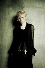 約1年半ぶりシングルを8月7日に発売するAcid Black Cherry