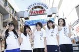 「暦の上ではディセンバー」を歌っていたベイビーレイズのメンバー。左から大矢梨華子、傳谷英里香、林愛夏、高見奈央、渡邊璃生