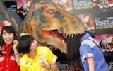 高城れに…恐竜に喰われる!? (C)ORICON NewS inc.