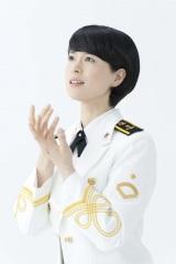 海上自衛隊東京音楽隊3等海曹の三宅由佳莉(ソプラノ)が8月にCDデビュー