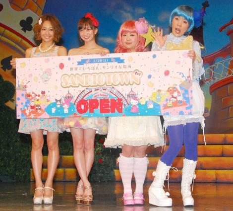 (左から)千紗、芹那、アジアンの馬場園梓、隅田美保 (C)ORICON NewS inc.