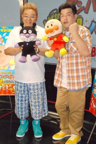 サンドウィッチマン(左から:伊達みきお&富澤たけし)=映画『それいけ!アンパンマン とばせ!希望のハンカチ』大ヒットイベント (C)ORICON NewS inc.