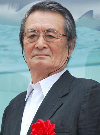 美ら海水族館『46th Sony Anniversary』除幕式に登場した山崎努 (C)ORICON NewS inc.