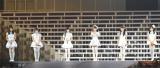 てんとうむChu!がお披露目ライブ(左から)北川綾巴(SKE48)、田島芽瑠(HKT48)、西野未姫(AKB48)、小嶋真子(AKB48)、岡田奈々(AKB48)、朝長美桜(HKT48)、渋谷凪咲(NMB48)(撮影:高橋直子)