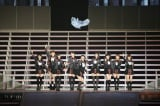 AKB48チームA新キャプテンの横山由依初センター曲「見えない空はいつでも青い」〜『AKB48 2013真夏のドームツアー』大阪公演の模様 (C)AKS