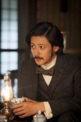大河ドラマ『八重の桜』主人公・八重にとって運命の人となる新島襄を演じるオダギリジョー(C)NHK