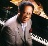 米ジャズピアニストのシダー・ウォルトンさんが亡くなり、10月の来日公演は中止に