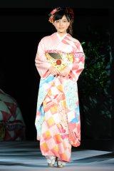 第53回清鈴苑きものショー『KIMONO COOL & BEAUTY』に出演した川口春奈