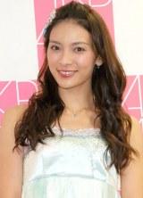 AKB48劇場での卒業公演後、取材に応じた秋元才加(28日=東京・AKS) (C)ORICON NewS inc.