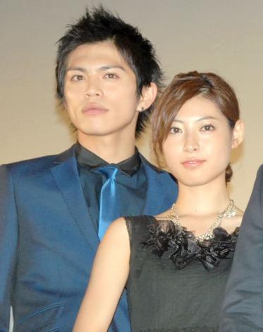 映画『貞子3D2』の初日舞台あいさつに出席した(左から)山本裕典、瀧本美織 (C)ORICON NewS inc.