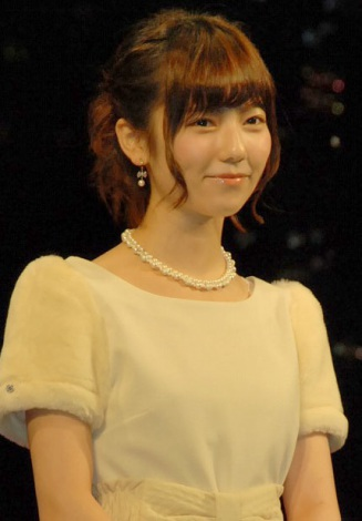映画『劇場版ATARU』の完成披露舞台あいさつに出席した島崎遥香 (C)ORICON NewS inc.
