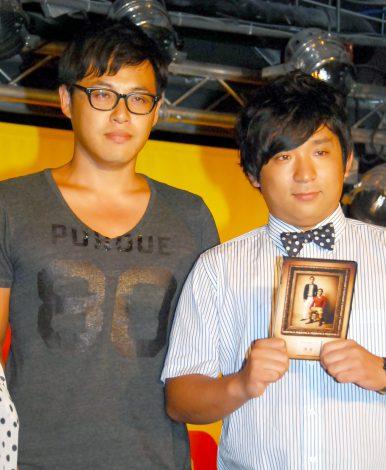 DVD発売記念イベントに出席したアルコ&ピース(左から)平子祐希、酒井健太 (C)ORICON NewS inc.
