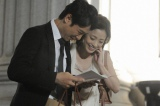 半沢(堺雅人)の多忙を心配する花(上戸彩)は、職場に愛妻弁当を届ける=『半沢直樹』第10話より(C)TBS