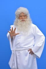 海の神トリトンに扮した松平健「イメージ通りにちかい」(C)グランスピアー製作委員会