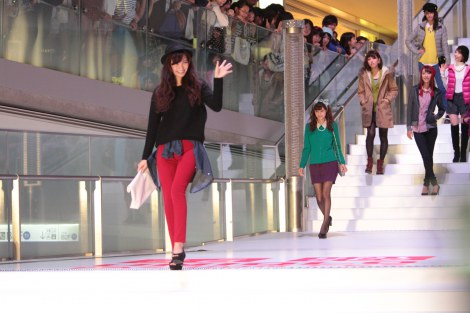 サムネイル 21日〜23日、東京・表参道で開催されたユニクロのファッションイベント『UNIQLO FASHION FES』の様子