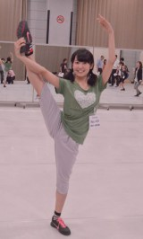 最年長での参加となる惣田紗莉渚は特技のバレエを生かし、Y字バランスを披露 (C)ORICON NewS inc.