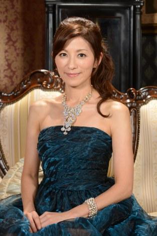 ドレスの中田有紀