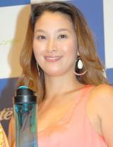KONISHIKIの妻・千絵さん=オスター『マイブレンダー』記者発表会 (C)ORICON NewS inc.