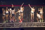 『ミュージックステーション』単独初出演が決まり、飛び上がって喜ぶメンバーたち(C)NMB48