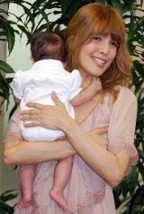 生後3ヶ月の愛娘と一緒に仕事復帰したタレントのSHEILA (C)ORICON DD inc.