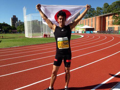 「世界マスターズ」200mで見事、銅メダルを獲得した武井壮