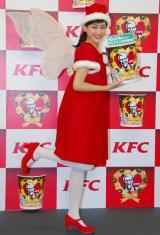 妖精サンタ姿で登場した綾瀬はるか=KFCクリスマスキャンペーン新CM発表会 (C)ORICON NewS inc.