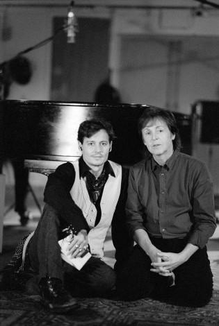 アビイ・ロード・スタジオで撮影されたポール・マッカートニー新曲MVに出演したジョニー・デップ