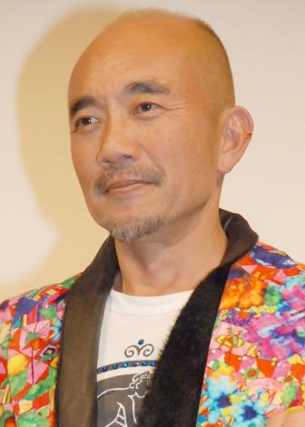 竹中直人、マレーシア撮影で6キロ痩せた | ORICON NEWS