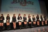 """『劇場版BAD BOYS J -最後に守るもの-』(11月9日公開)の公開直前イベントに""""BAD GIRLS""""風衣装で登場した乃木坂46"""
