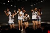 ひまわり組公演の前座として出演したドラフト候補生たち(4日=HKT48劇場)(C)AKS
