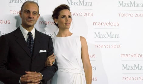 ファッションイベント『Marvelous Max Mara Tokyo 2013』に登場したルイジ・マラモッティ会長と同ブランドのキャンペーンモデルを務めたジェニファー・ガーナー (C)oricon ME inc.