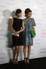 ファッションイベント『Marvelous Max Mara Tokyo 2013』に来場したにわみきほ、岩田さゆり (C)ORICON NewS inc.