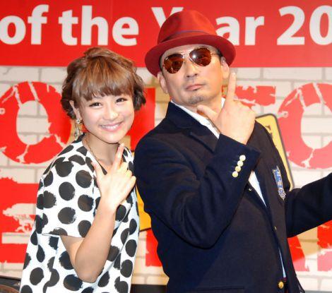 仲良く「いいね!」=『JU あの人 of the Year 2013』授賞式&トークショー (C)ORICON NewS inc.