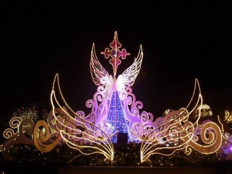 サムネイル イクスピアリのクリスマスイベント『イクスピアリ・クリスマス・ワンダーランド』がスタートしイルミネーションにも明かりが灯った (C)oricon ME inc.