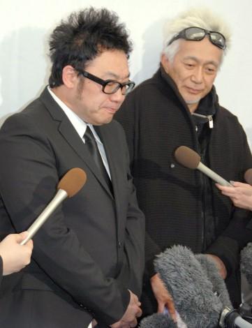 島倉千代子さん葬儀・告別式に参列した(左から)コロッケ、玉置浩二 (C)ORICON NewS inc.