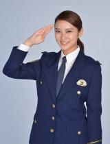 来年1月期スタートの新ドラマ『戦力外捜査官』で初の刑事役を務める武井咲 (C)日本テレビ