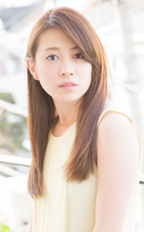 サムネイル 妊娠5ヶ月を発表した岡あゆみ