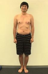 過酷なダイエットに挑戦しているチュートリアル・徳井義実(写真はトレーニング開始前) (C)日本テレビ